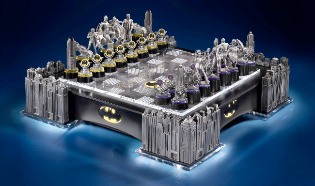 Batman Gotham Cityscape Chess Set with LED Light-Up Board by Noble Collection