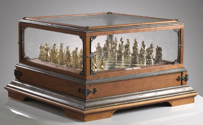Exhibit of A Chess Set