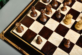 Signature Contemporary Chess Board – African Palisander / Bird's Eye Maple - Chess set