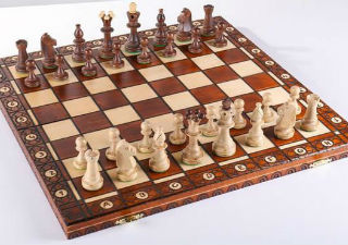 "The 19"" Consul Wooden Chess Set"