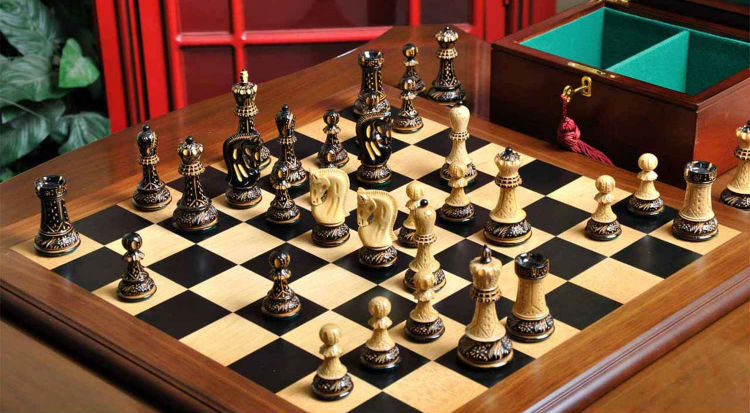 Burnt Zagreb '59 Series Chess Set, Box, & Board Combination