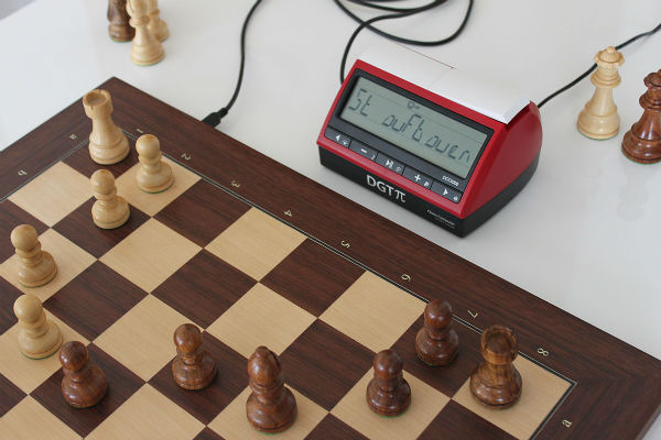 DGT Electronic Chess Board With DGT PI Chess Clock