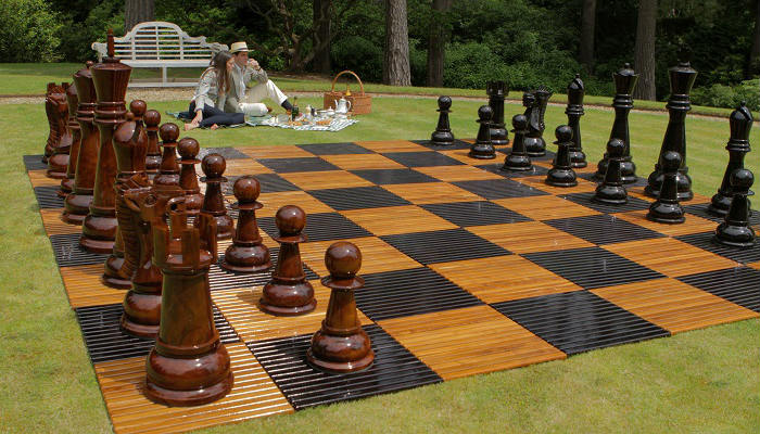 The Best Giant Chess Sets
