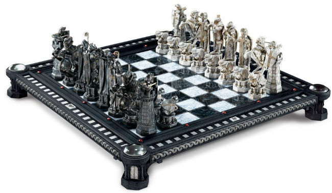 Final Challenge Chess Set by Noble Collection