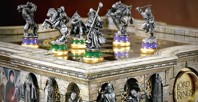 2 Lord Of The Rings Chess Sets You Must Have As A Fan