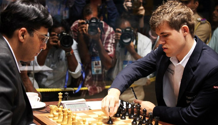 Carlsen & Anand during a chess game at the 2013's World Chess Championship