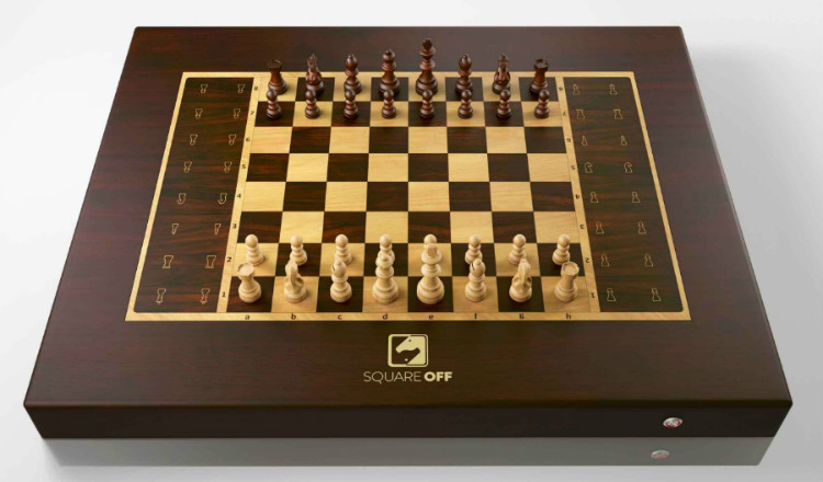 Sqaure Off Chess Set