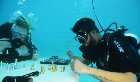Underwater Chess